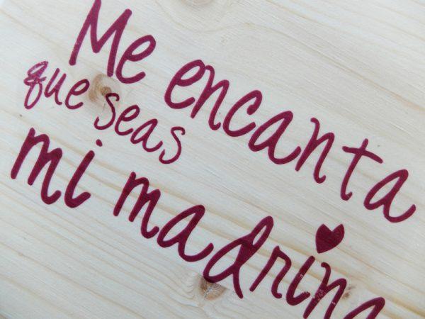 cartel madera madrina