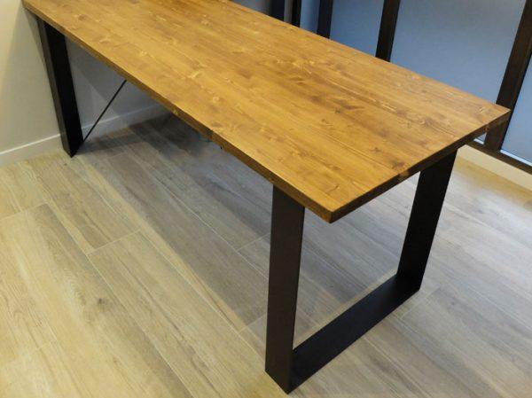 mesa madera y hierro